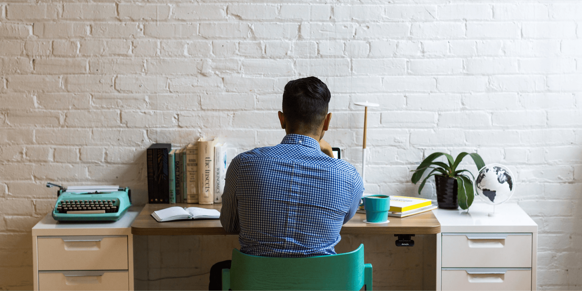 man-working-in-modern-office-3 (1)